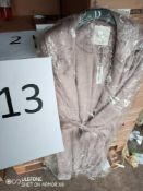 RRP £8760 Pallet To Contain 423 Assorted Brand New Tagged Debenhams Fashion Items, Pallet Contents :