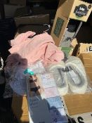 RRP £15,385 Pallet To Contain 729 Brand New Tagged Debenhams Fashion Items 50X Dark Red Leather