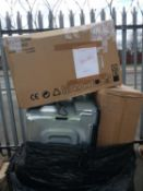 Combined RRP £1000 Pallet To Contain Cooker Hoods Microwave