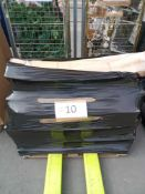 Combined RRP £800 Pallet To Contain Boxed Garden Tools, Decorations And Accessories