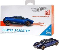 RRP £200 Lot To Contain 13 Boxed Huayra Roadster Hot Wheels Scale Model Cars
