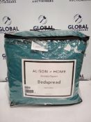 Combined RRP £140 Lot To Contain Two Bagged And Zipped Alison At Home Everyday Bedspreads In Colours
