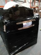 Combined RRP £800 Pallet To Contain Various Furnishing, Bathroom And Lighting Goods