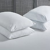 RRP £240 Lot To Contain 4 4 Hector Soft Touch Pillows