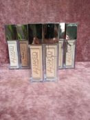 RRP £240 Gift Bag To Contain 8 Urban Decay Stay Naked Weightless Liquid Foundation Testers In Assort