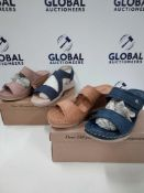 RRP £560 Lot To Contain 16 Boxed Brand New Cushion-Walk Flexible Comfort Shoes In Various Colours An