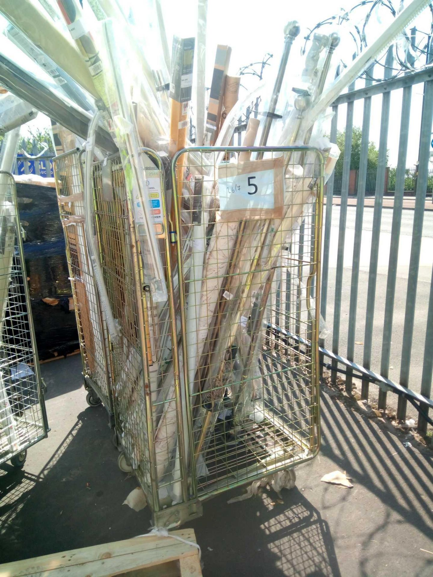Combined RRP £1000 Cage To Contain Assorted John Lewis Blinds (Appraisals Available On Request) (