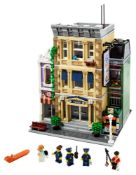 RRP £170 Boxed Modular Building Collection Police Station Lego Set