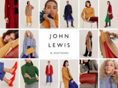 (Jb) RRP £1000 Lot To Contain 43 Unbagged High End Mixed Mens And Womans Designer Fashion In Assorte