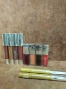 (Jb ) RRP £185 Lot To Contain 10 Testers Of Assorted Premium Clinique Products To Include Lip Glosse