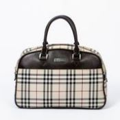 RRP £990 Burberry Vintage Boston Handbag Beige - AAP2437 - Grade A - Please Contact Us Directly