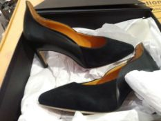 RRP £110 Lot To Contain 2 Boxed Brand New Pairs Of Sargossa Ladies Heeled Shoes In Size Uk 5 1.