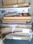 RRP £700 Pallet To Contain Assorted Furniture To Include Extending Dining Tables