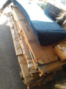 RRP £700 Pallet To Contain Assorted Items To Include Part Lot Wardrobes And Headboard