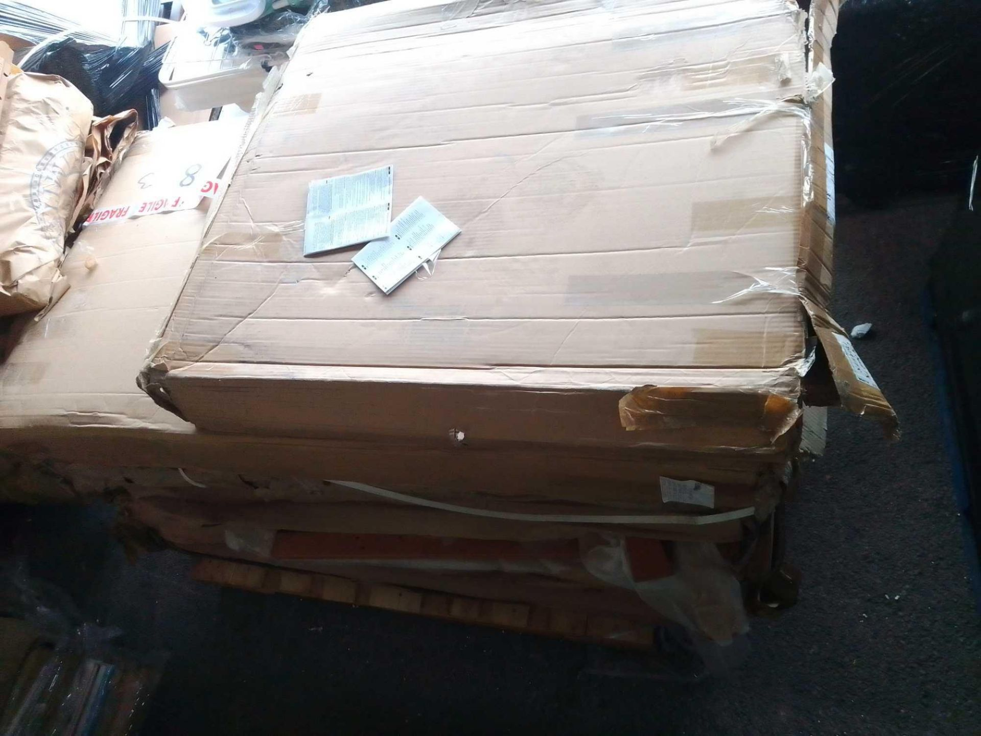 RRP £400 Pallet To Contain White Childrens Cotbeds(Apprasials Are Available On Request) (Pictures