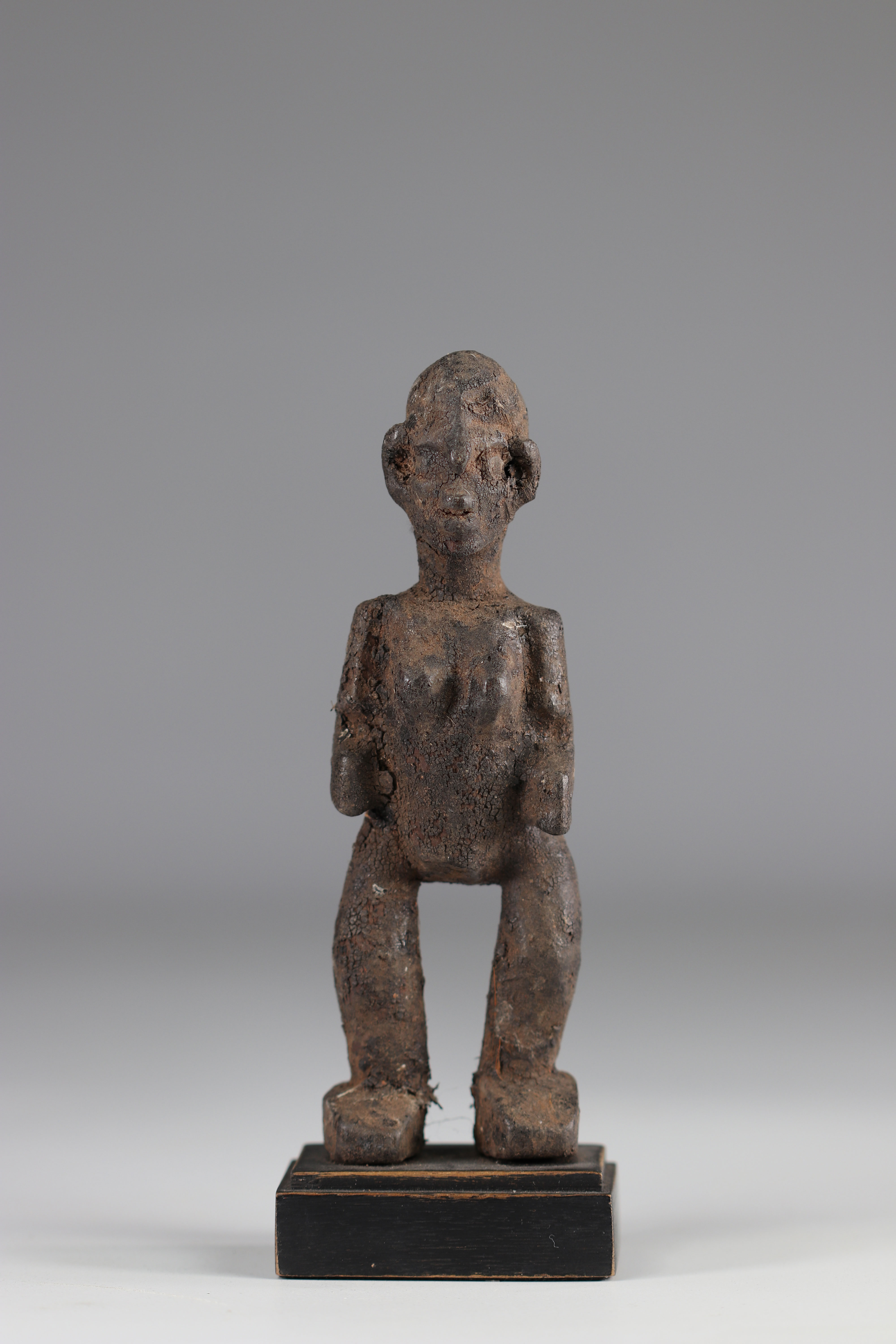 Kassena-Rare statuette and old Kassena statuette (Burkina Faso). Dense wood covered with a thick sac