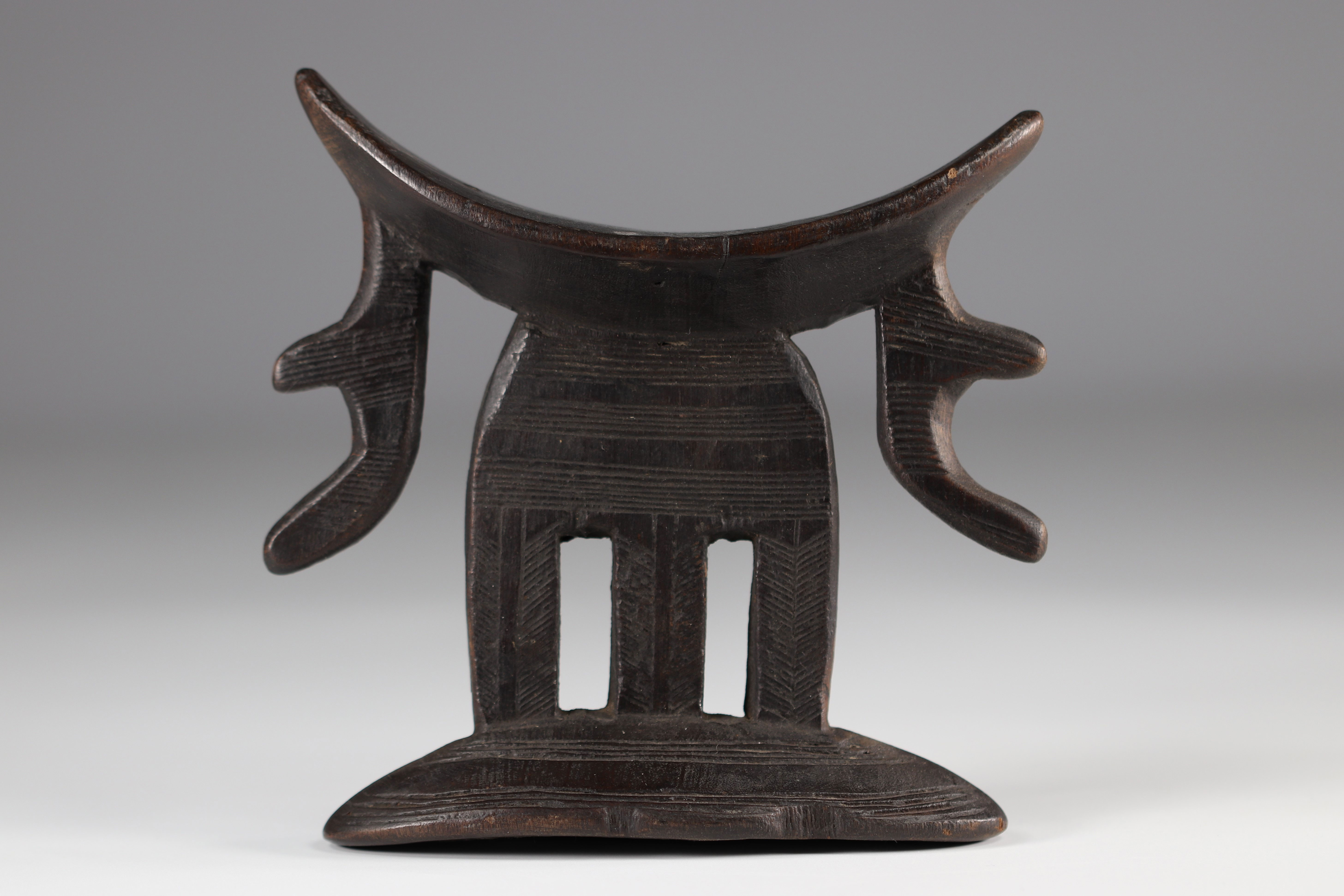 Neck support Beautiful patina of use - Ethiopia - good condition 1st half of the 20th century