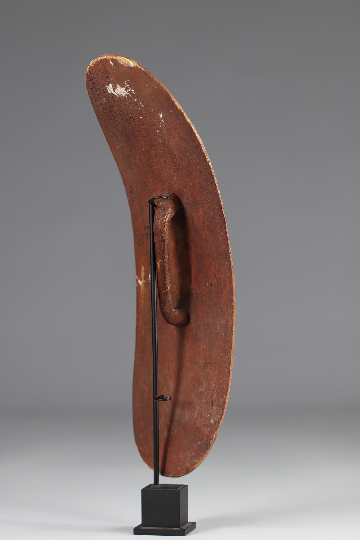 Tutsi dance shield - Rwanda - Mid 20th century - Image 3 of 3