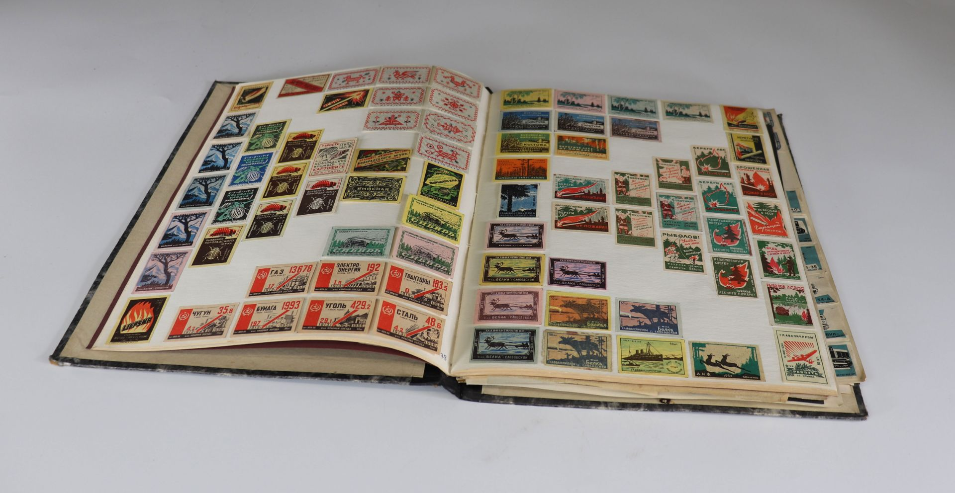 Collection of matchboxes (10 albums) China, Russia, America ... - Image 5 of 6