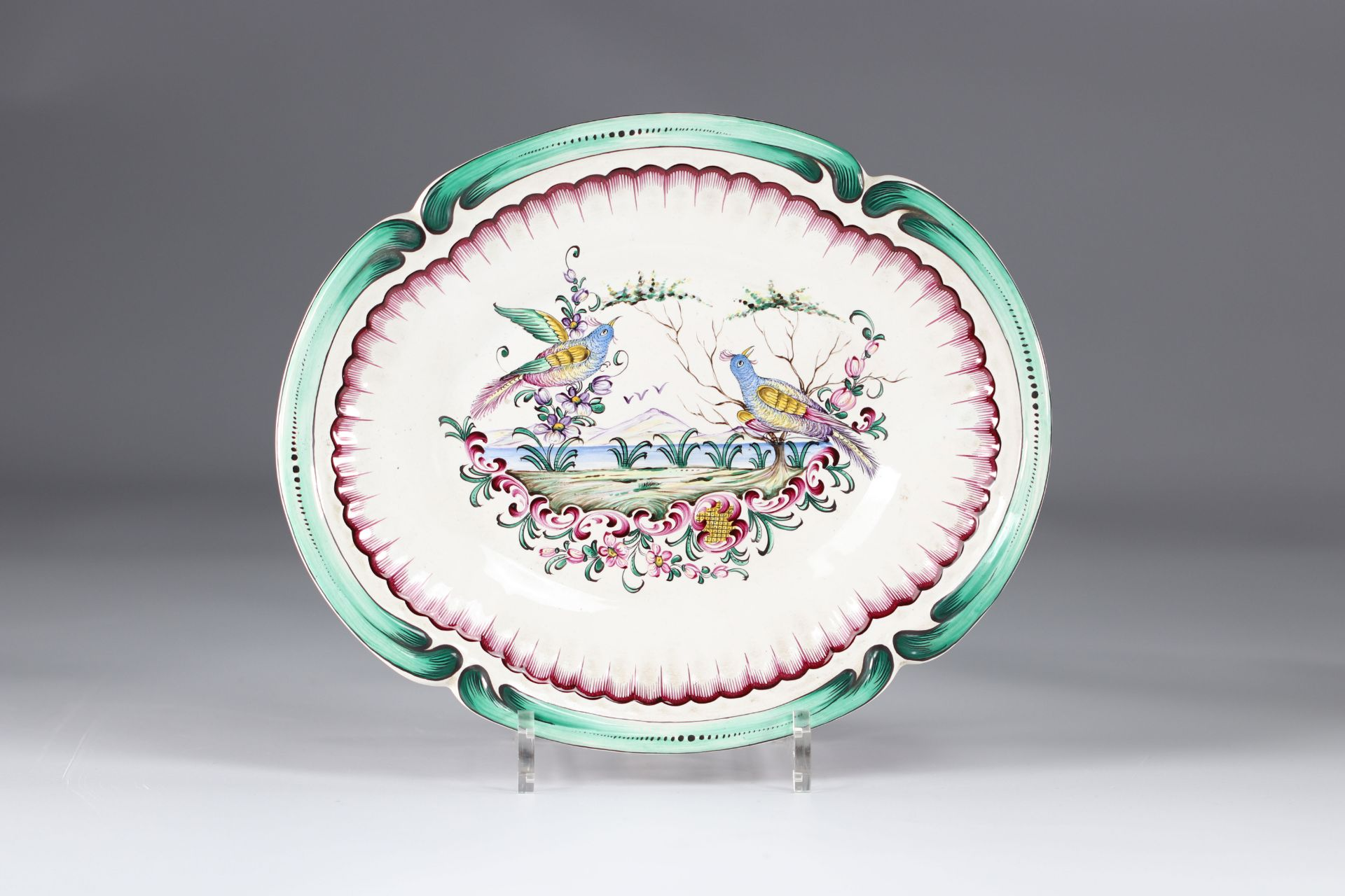 Aprey vegetable covered in earthenware with polychrome decoration, floral decoration and birds - Image 4 of 5