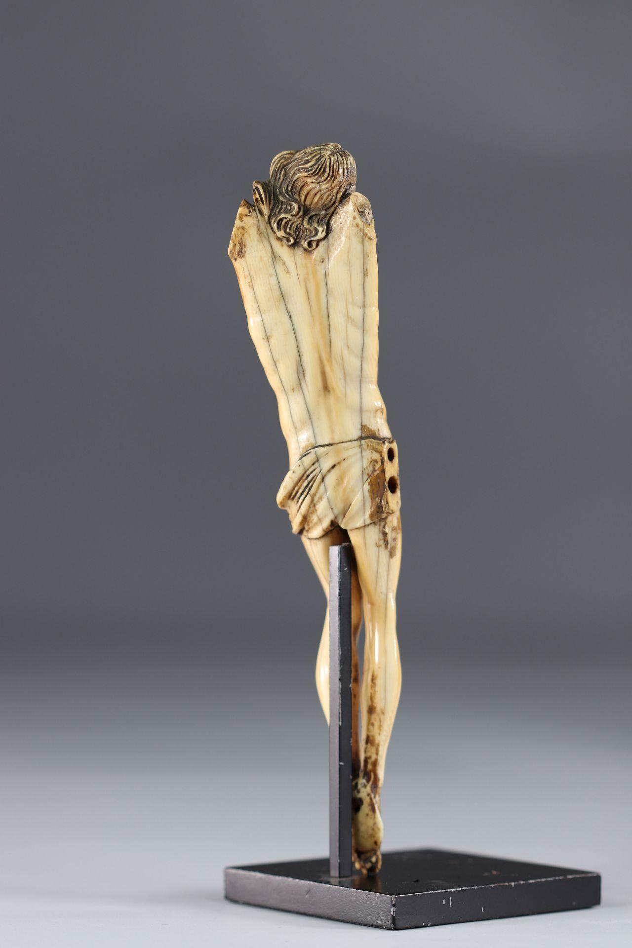 Corpus Christi - Ivory - arm missing - Image 3 of 3