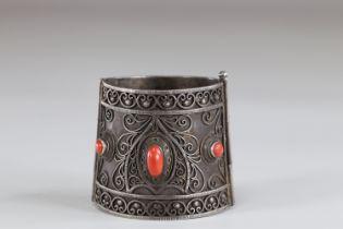 Coral cabochon silver bracelet