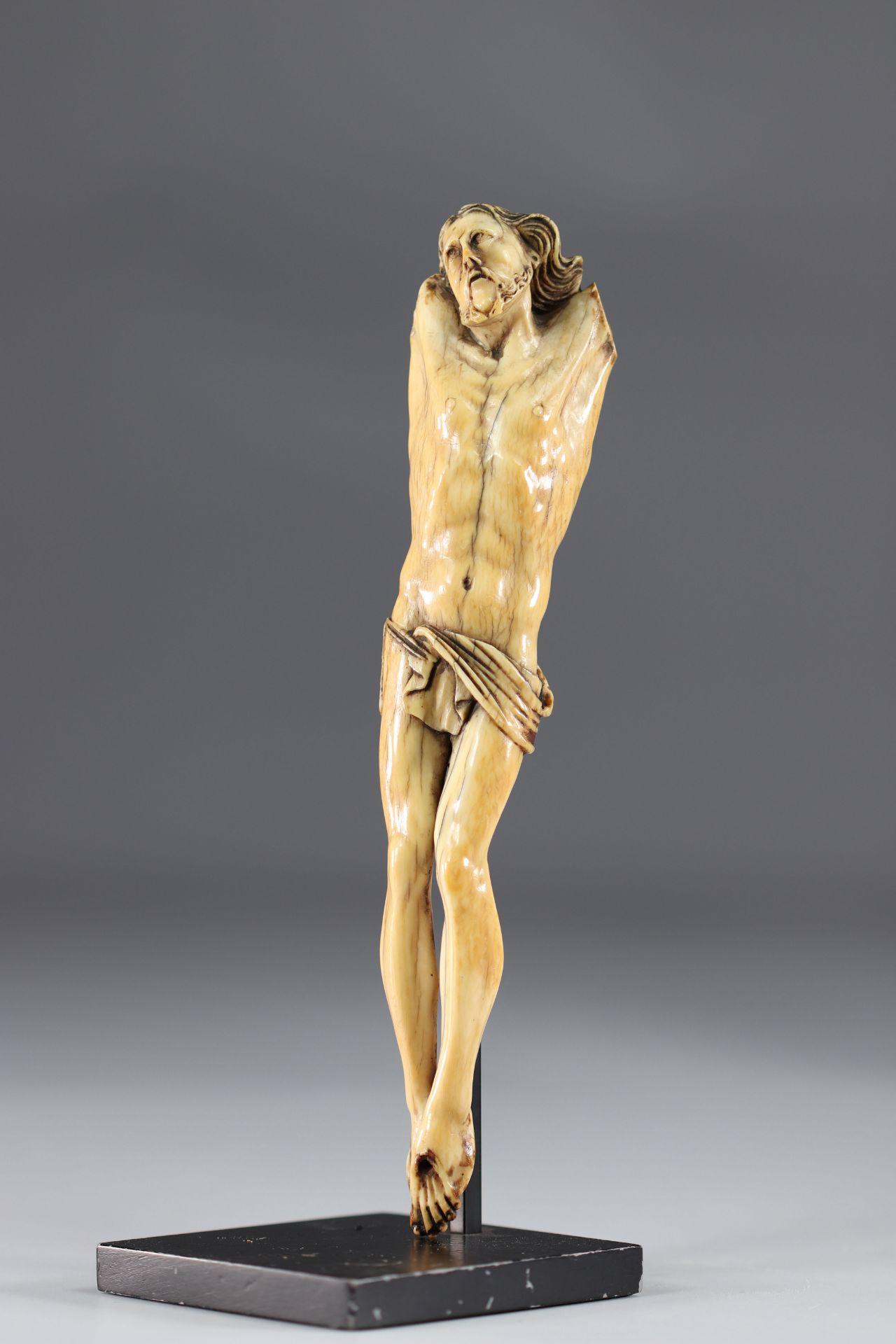 Corpus Christi - Ivory - arm missing - Image 2 of 3