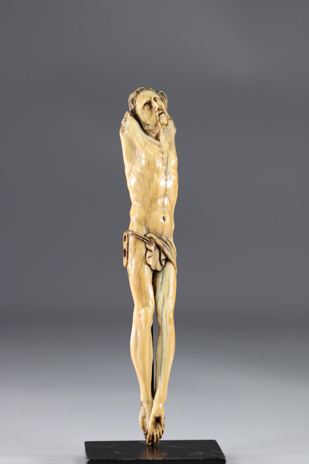 Corpus Christi - Ivory - arm missing