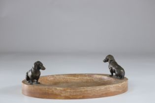 Important marble empty pocket decorated with two bronze dogs probably Viennese work.