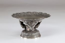 North China richly decorated standing bowl early 20th century