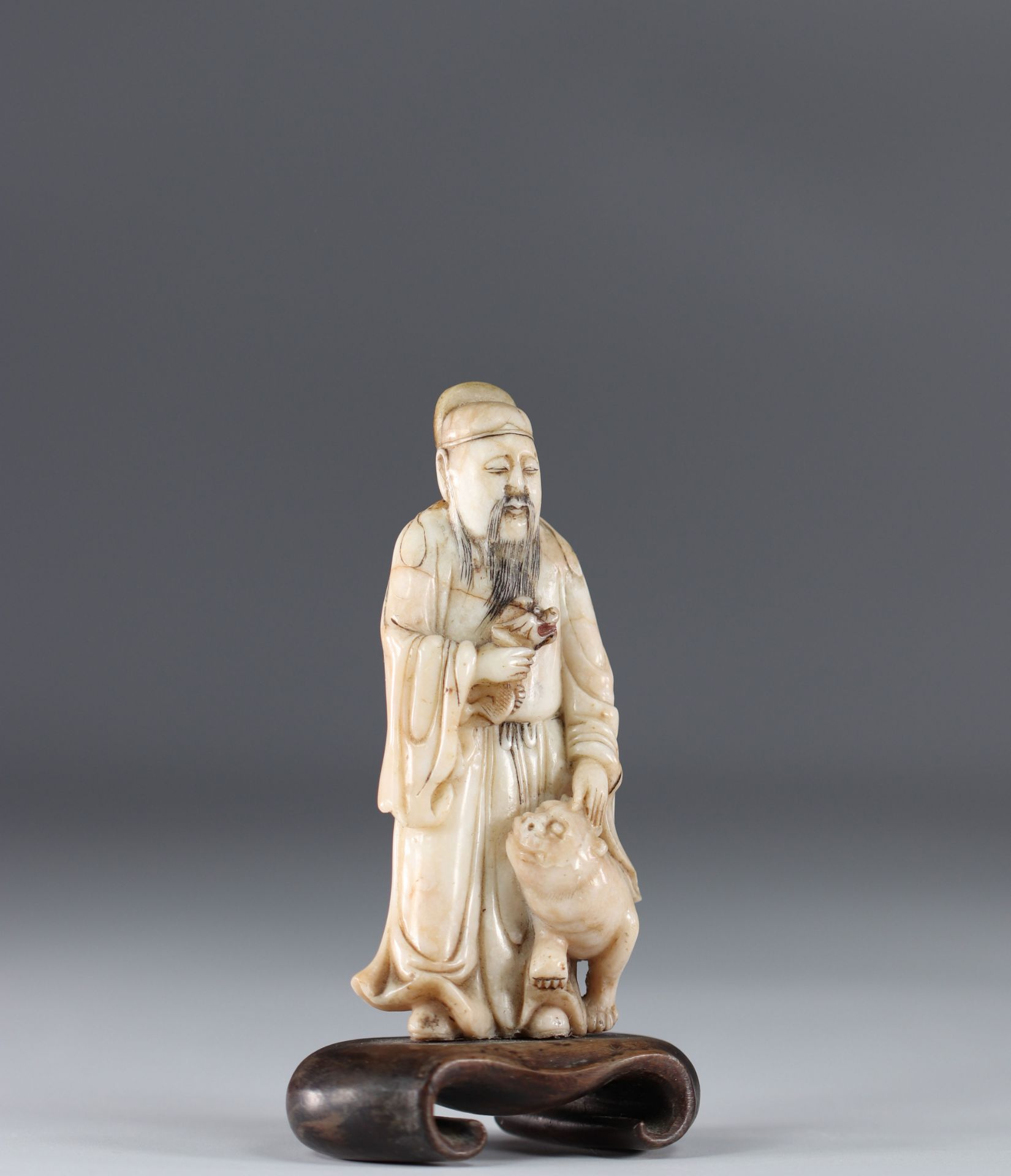 China stone sculpture of a character and a cat 18th - Image 2 of 4