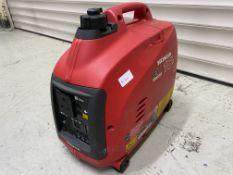 Honda EU Inverter 10i portable petrol generator, 0.9kw, 230 volts. S/No. EZGA 3035883. (2000).