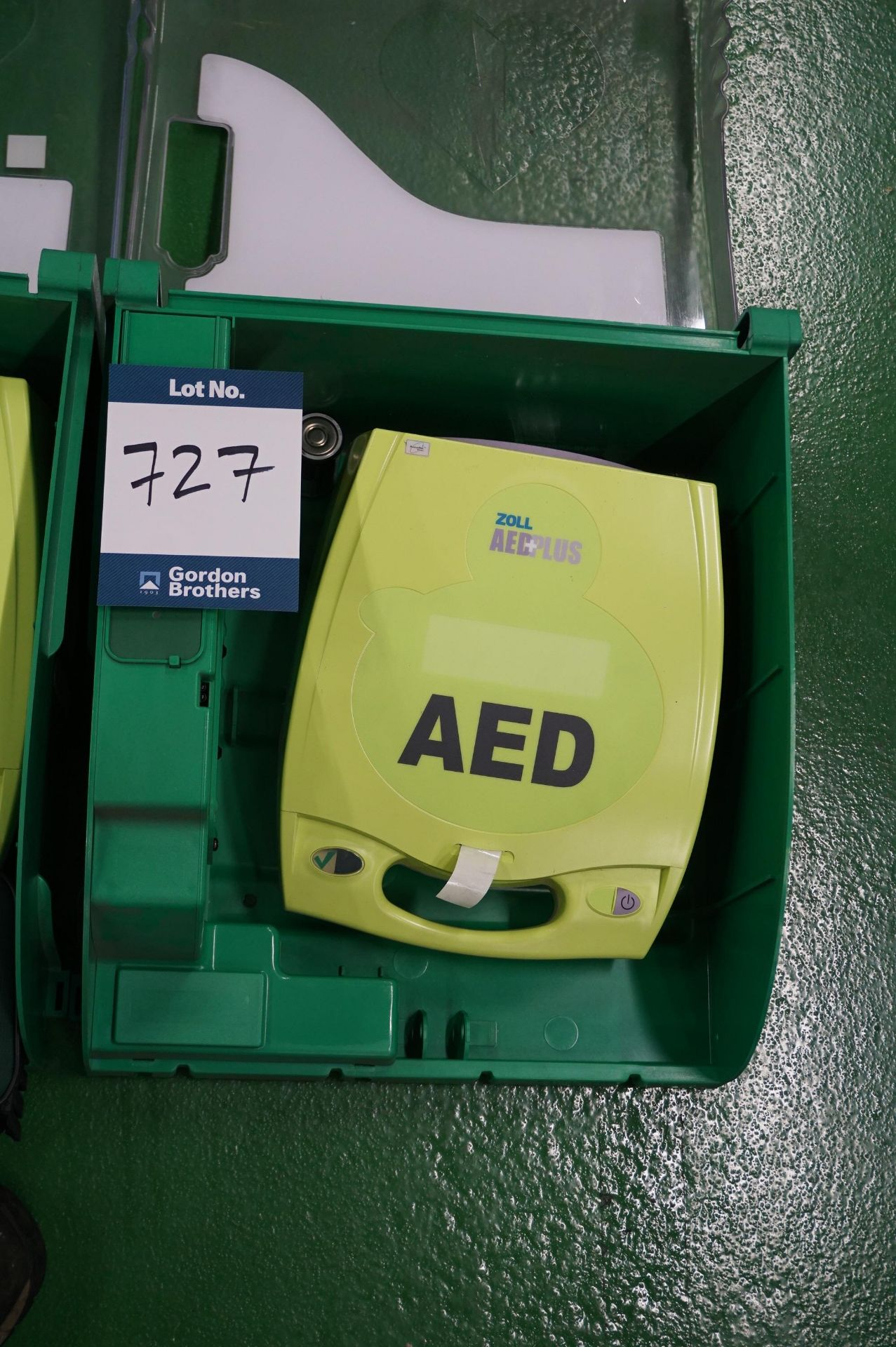 2 x Zoll AEDPLUS Avia 100:X2A100-XX100 battery operated defibrillator - Image 2 of 3
