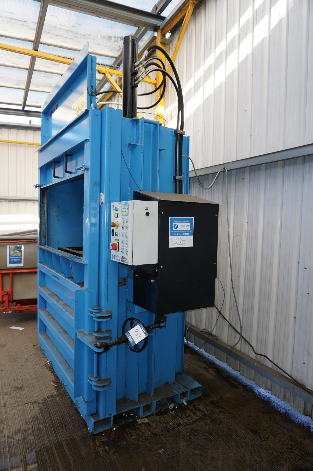FuturFirst CK500WLUD hydraulic general waste compactor with CK international control unit - Image 2 of 5