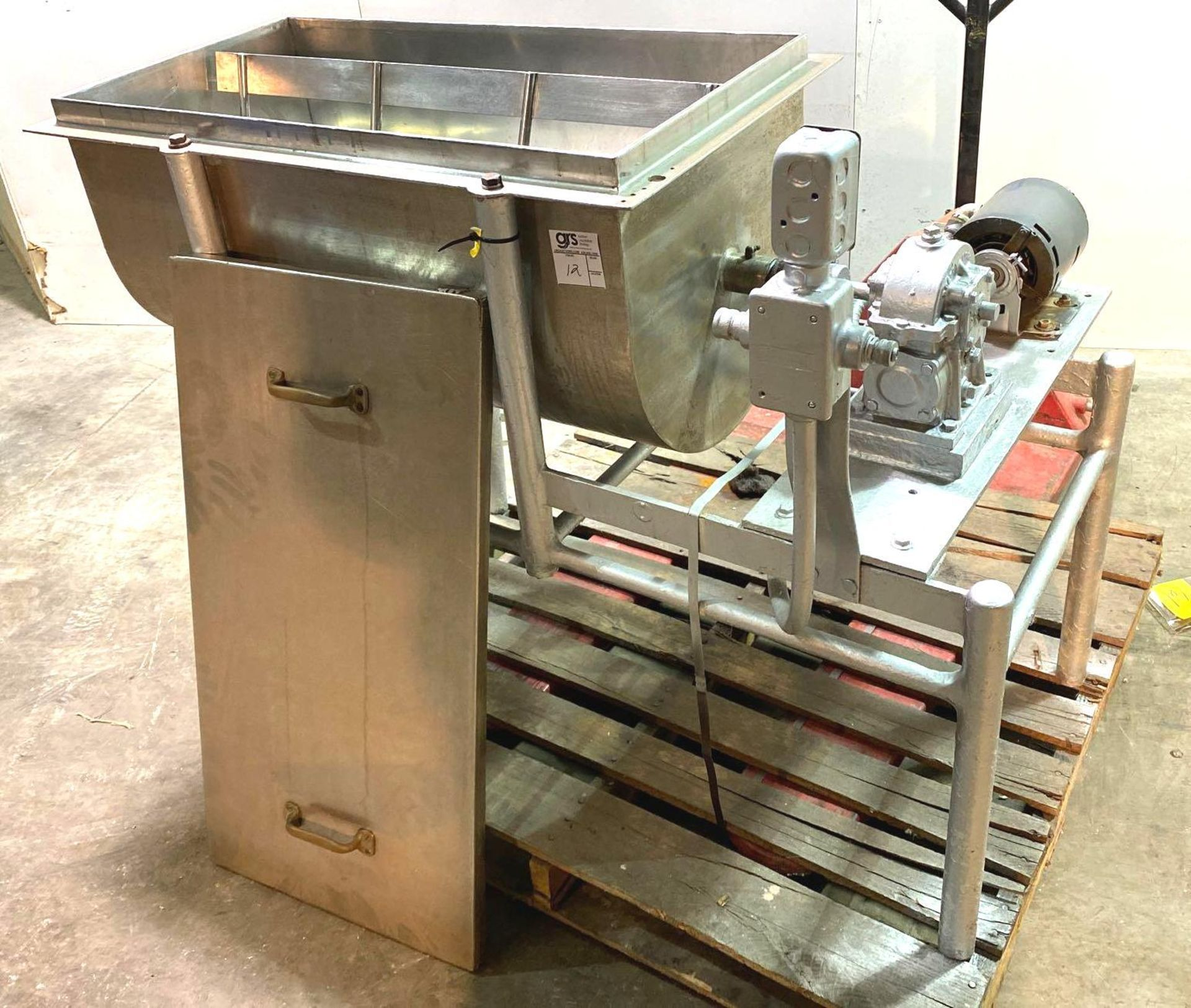 Ribbon/Paddle Blender with Boston Speed Reducer Drive