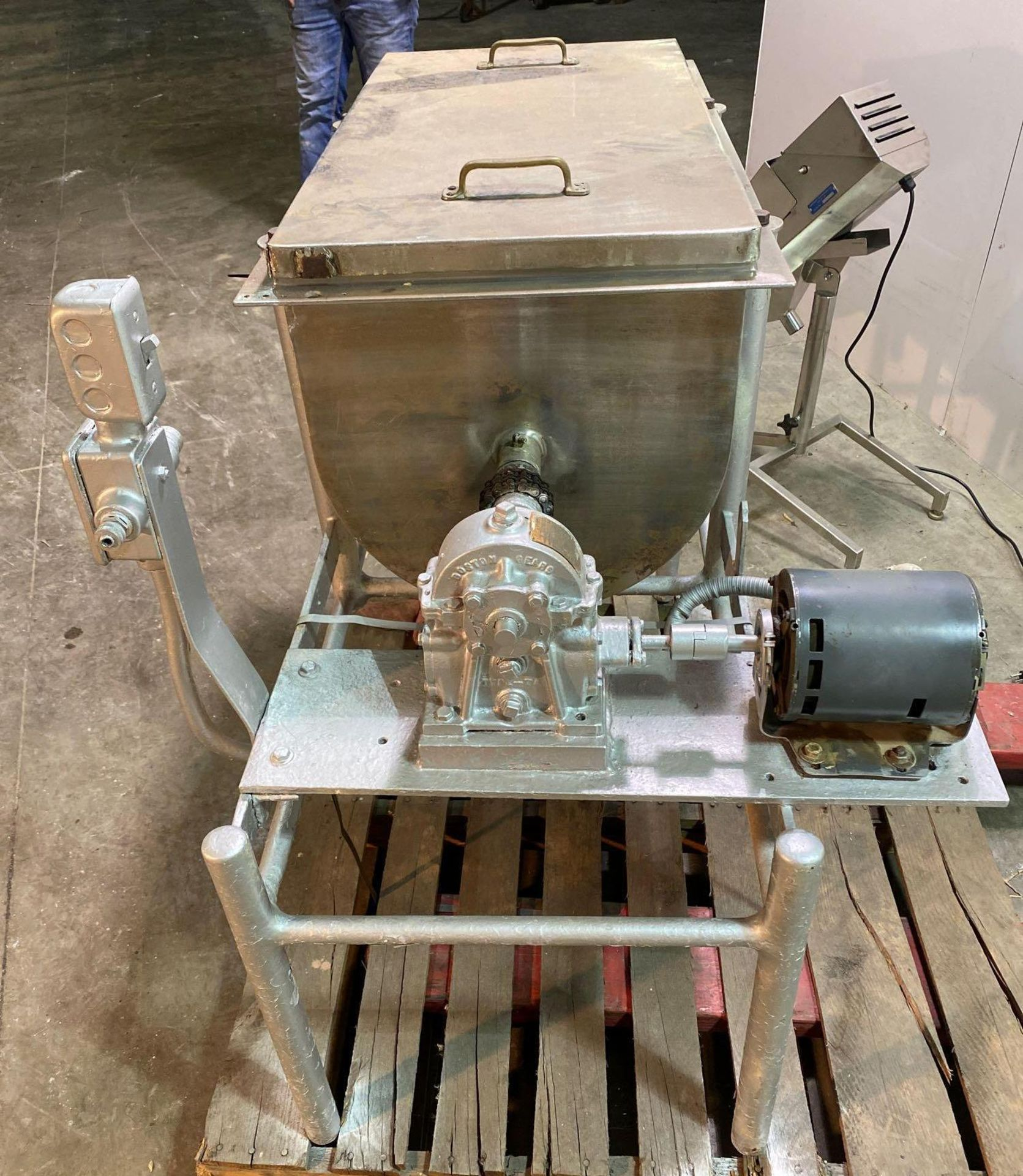 Ribbon/Paddle Blender with Boston Speed Reducer Drive - Image 5 of 5