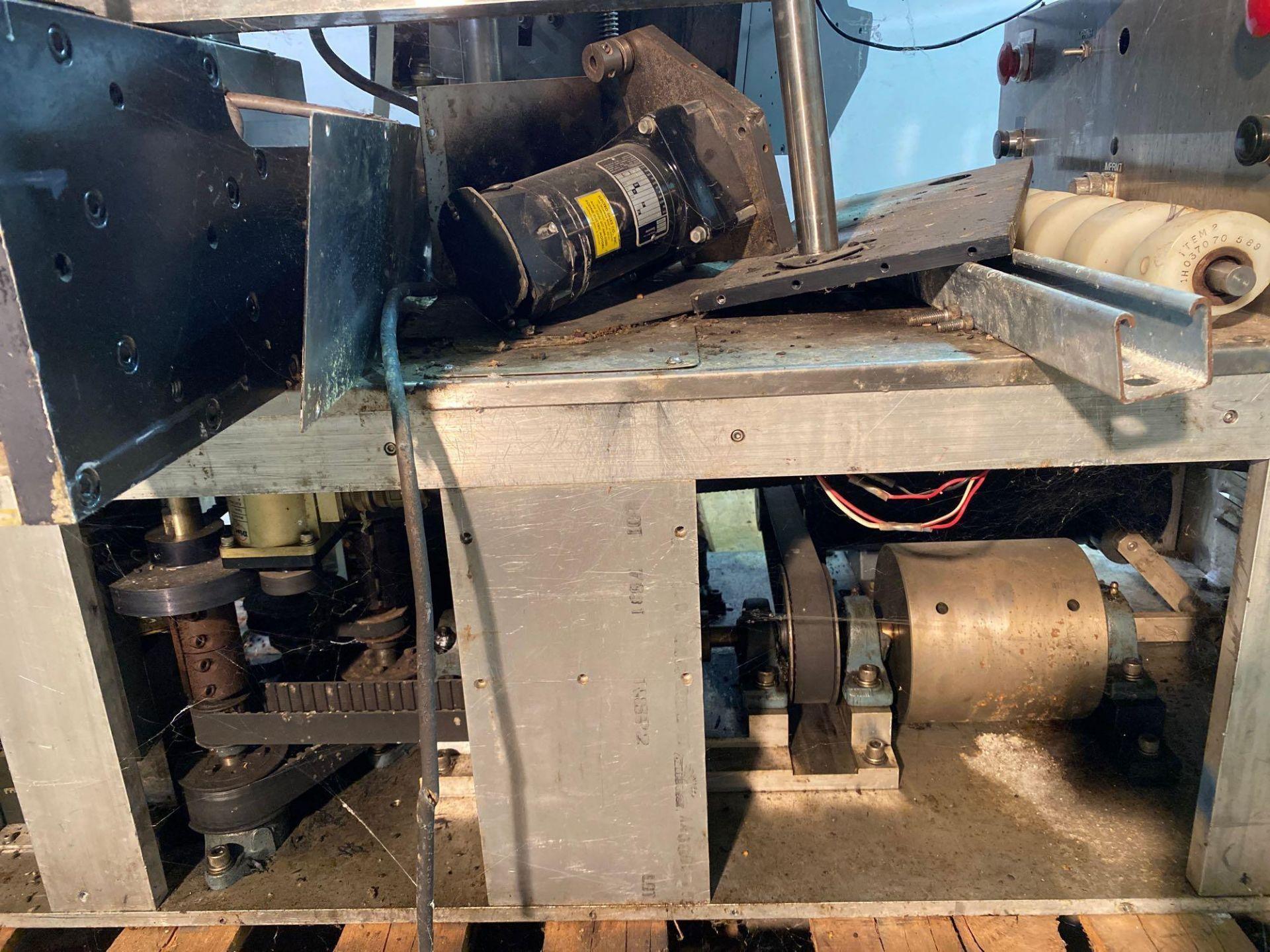 Label-Aire Model 3200 Conveyorized Pressure Sensitive Labeler - Image 12 of 14