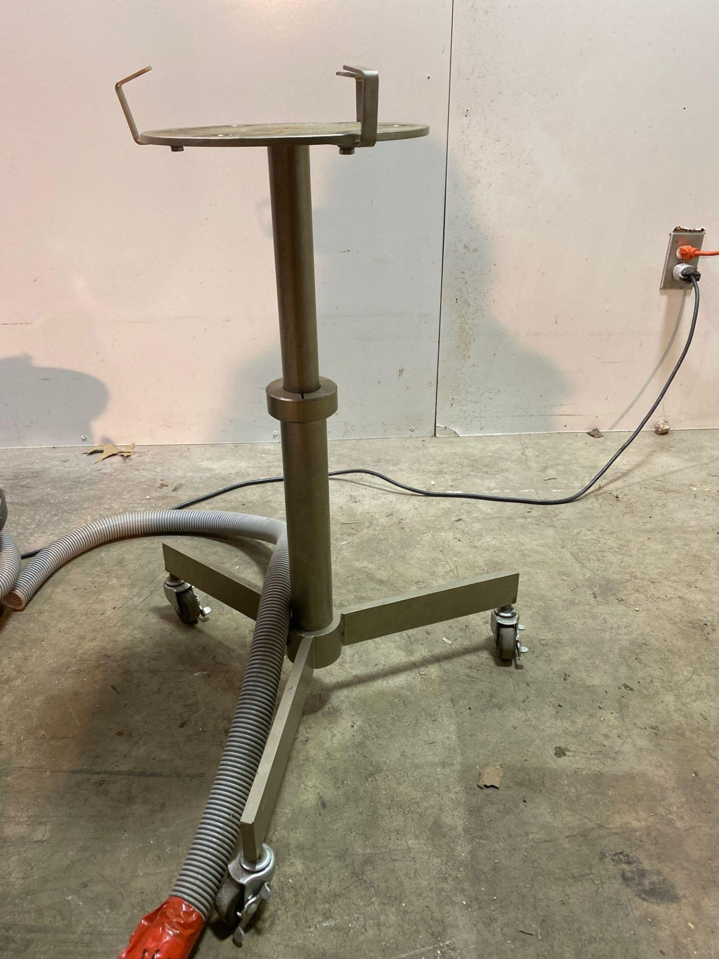 """Kramer Deduster with 10"""" Counter Weight on Stand - Image 4 of 9"""