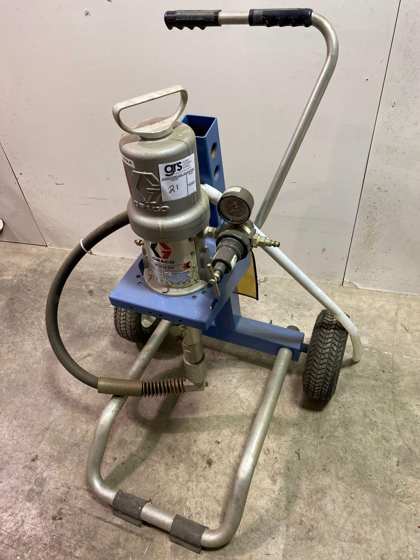 Graco Monark Air Powered Pump Sprayer on Cart - Image 4 of 5