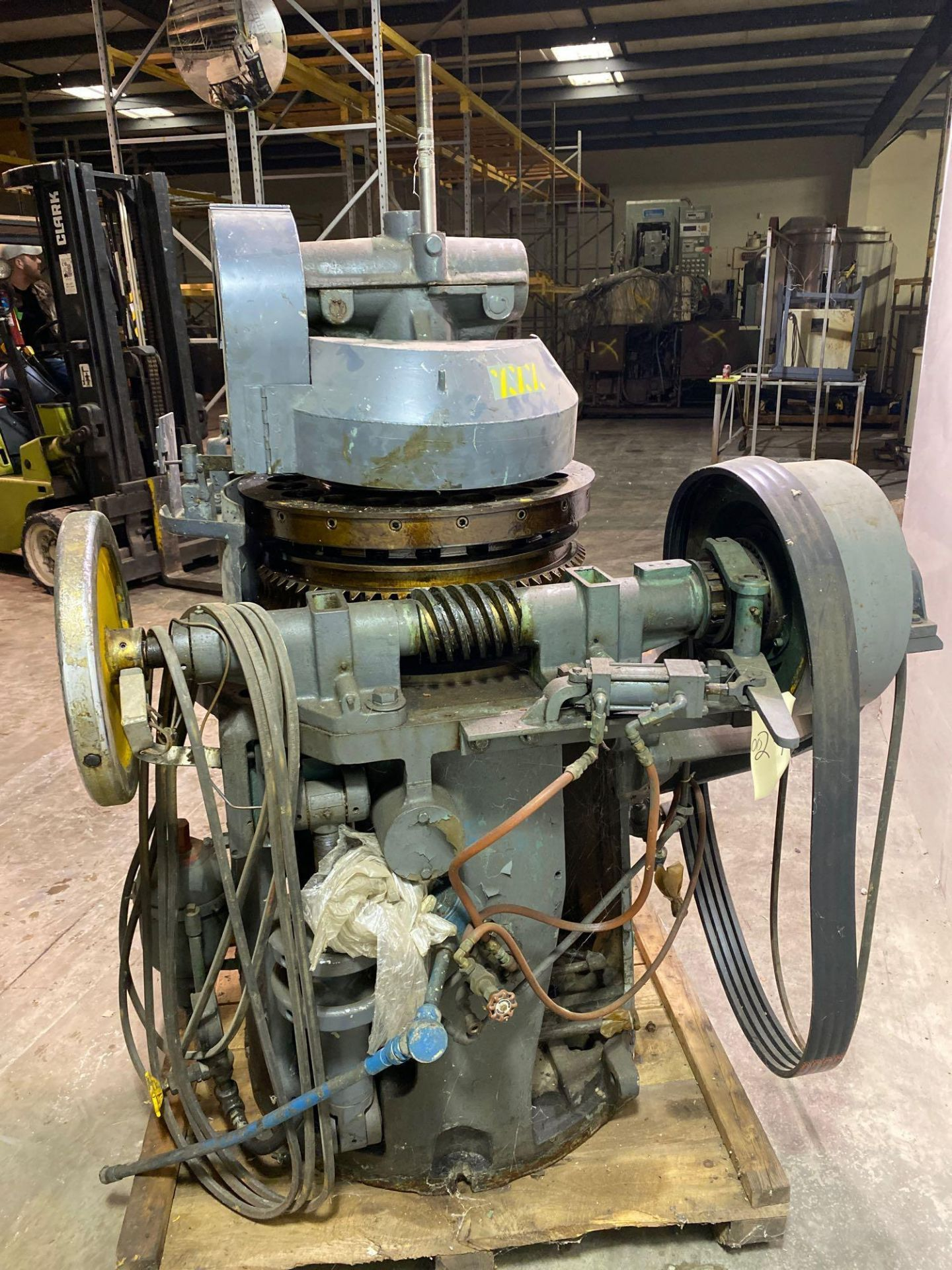 Stokes DD2 19 Station Tablet Press - Image 7 of 12