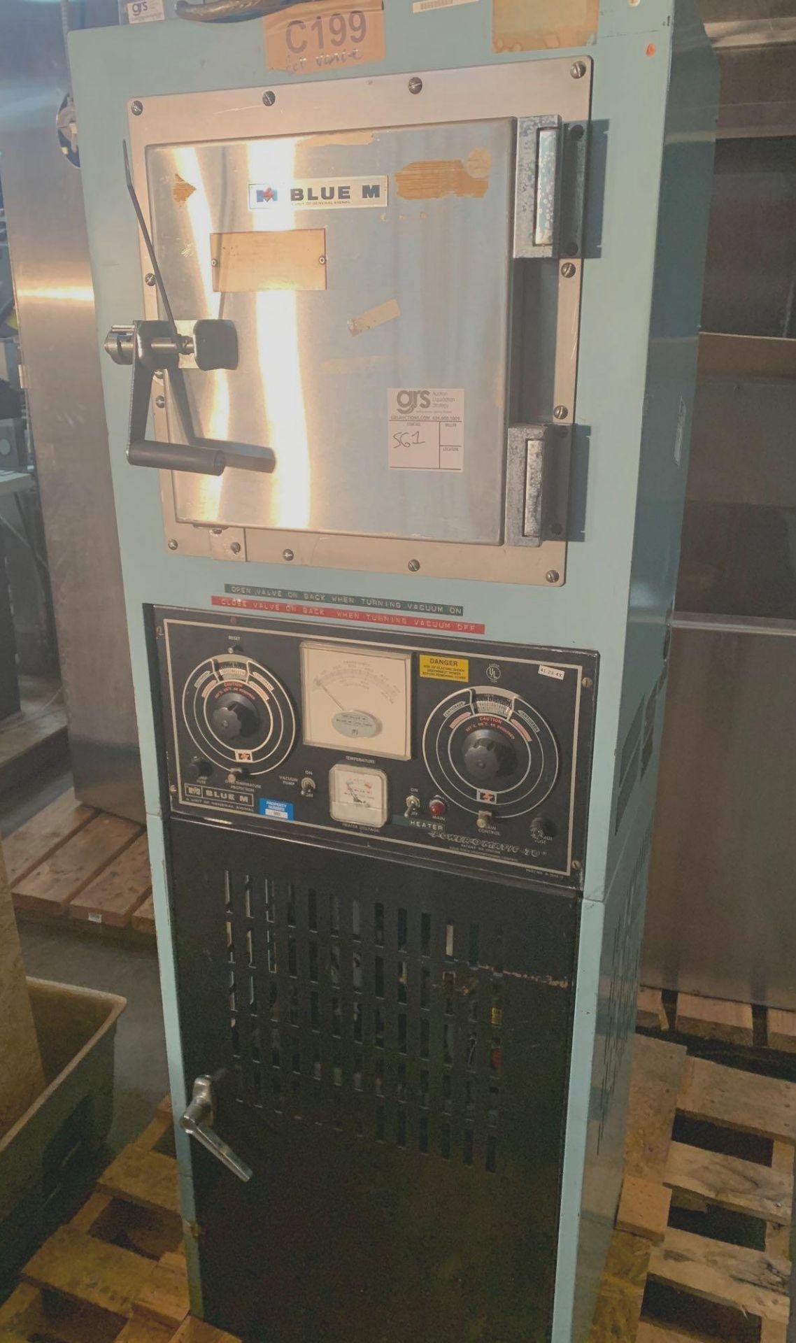 Blue M Vacuum Oven and Pump, Temp Range 260c-500f
