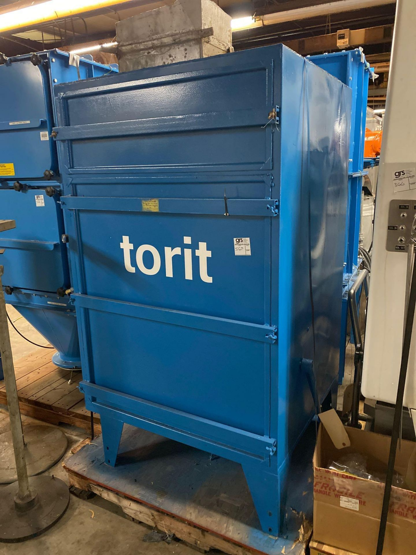 Torit Dust Collector Cabinet - Image 3 of 4