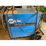 Miller Matic 250 CVDC Welding Power Source/Wire Feeder