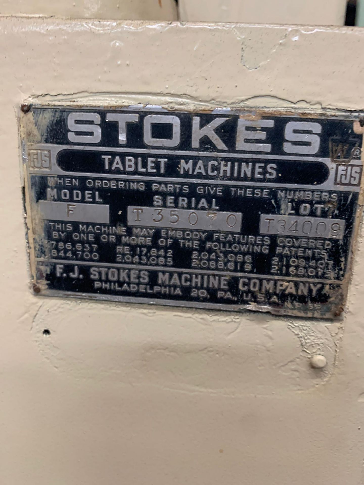 Stokes Model F Tablet Machine - Image 3 of 9