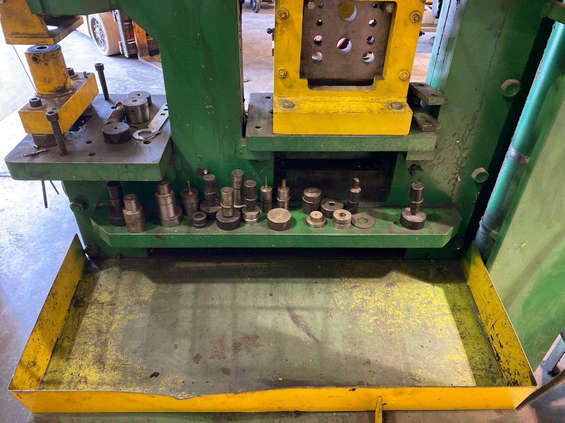 Uni-Hydro Iron Worker 66 Ton - Image 10 of 15
