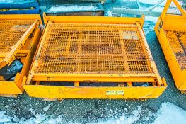 Eichinger collapsible personnel lifting cage