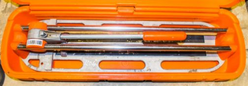 Star 40 tile cutter c/w carry case