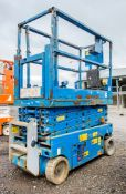 Genie GS1932 battery electric scissor lift access platform Year: 2008 S/N: 086292 Recorded Hours: