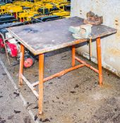 Collapsible site bench c/w pipe vice & engineers vice