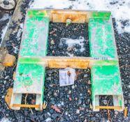 Fork lift jib A562543